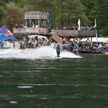 Grandiose Show beim Corona Wakeboard Cup in Döbriach am Millstättersee. Hausherr Dominik Hernler gewinnt auch den dritten Tourstopp am Boot.