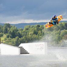 Dominik Gührs (GER) gewinnt den 4-Star Cable Wakeboard World Tourstop auf der Donauinsel.