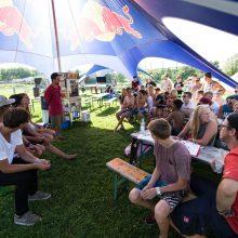 Red Bull Wings Academy mit Profi-Wakeboarder Felix Georgii